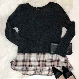 NWOT Doe&Rae Charcoal&Plaid Double Layer Sweater😍